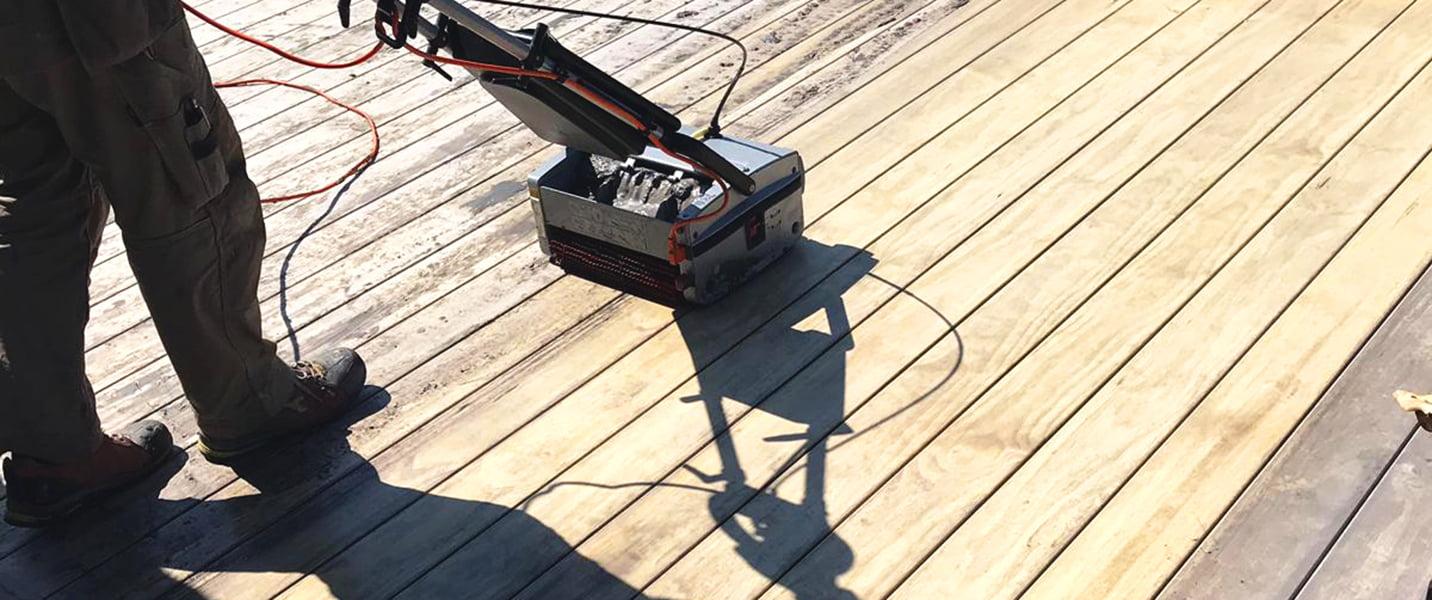 Reinigung Terrasse Boden Terrassenboden Holzterrasse